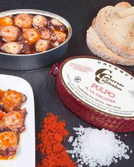 Conservas-de-Cambados-Octopus-in-Galician-Sauce-styled